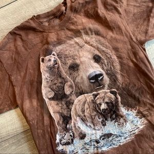 Brown The Mountain brand grizzly bear t-shirt